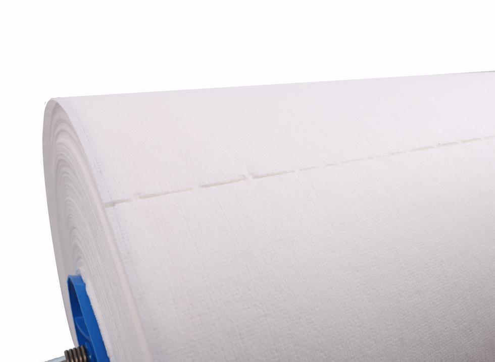 Obrazek Ręczniki włókninowo - celulozowe Czyściwo Clean Strong 110 m 1 rolka 1628